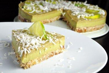 Rauwe Limoen-Avocadotaart (Glutenvrij)