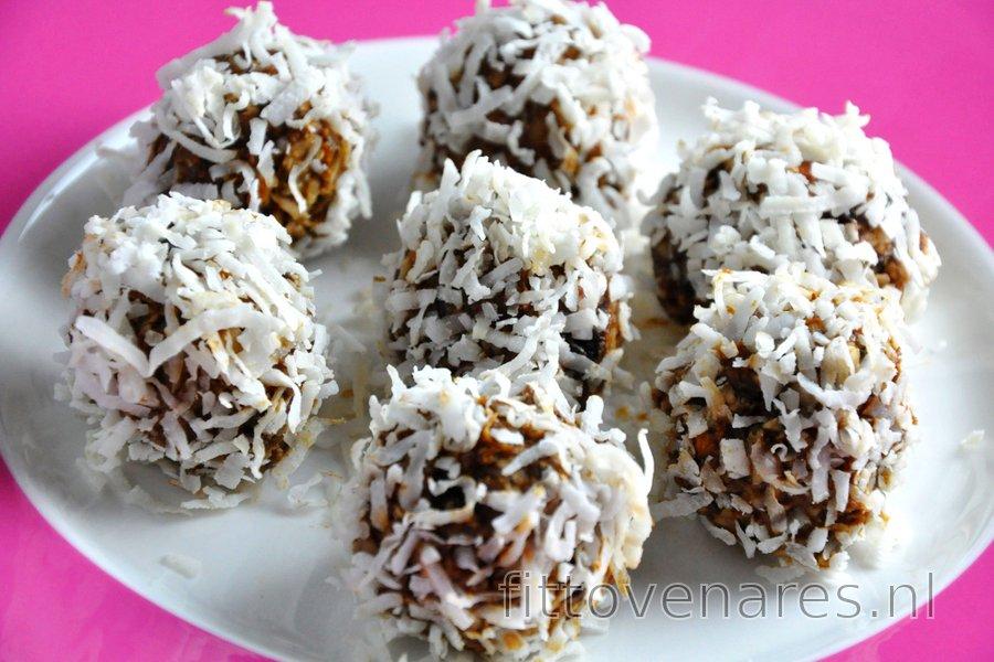 Pruim-Kaneelballetjes (Glutenvrij, Suikervrij)