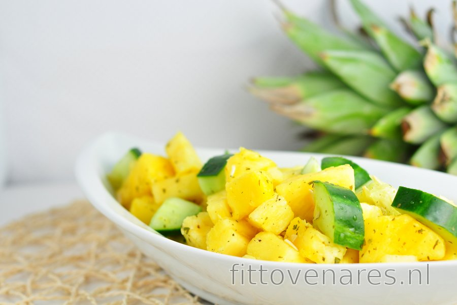 Frisse ananas-komkommersalade