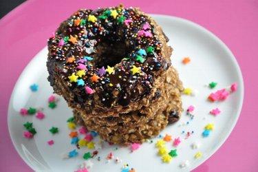 Gezonde Havermoutdonuts met Chocoladeglazuur